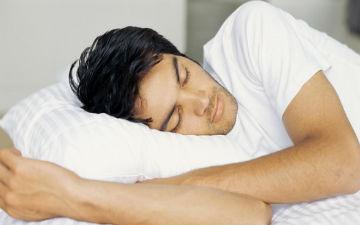 Вчені стверджують, що дефіцит сну, що триває протягом декількох років, може призвести до повної імпо