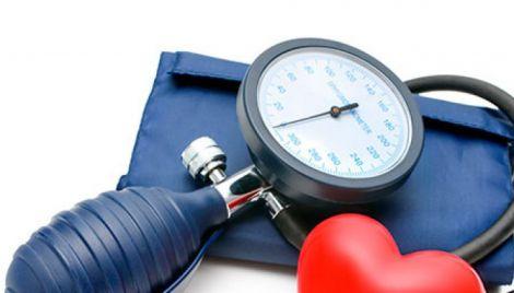 Сім способів позбутися від високого тиску в домашніх умовах