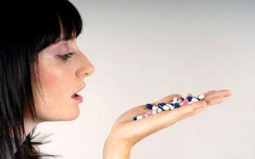 Як запивати правильно таблетки