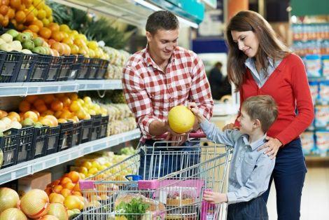 Покупки у супермаркеті