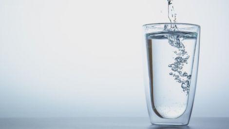 Користь води з літієм