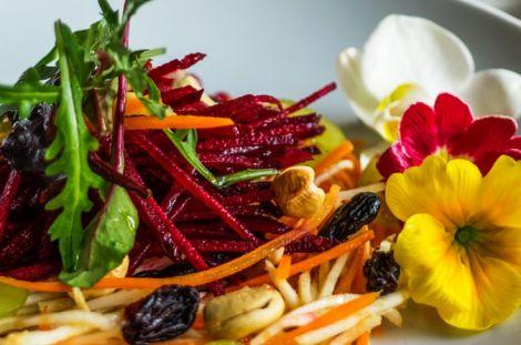 Краса і молодість: рецепт смачного і корисного салату