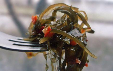 Рецепт корисного салату для очистки кишечника