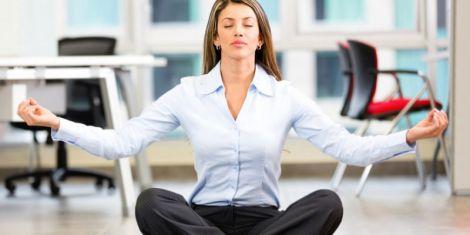 Йога в офісі