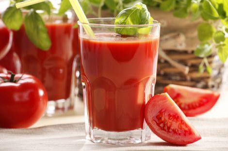Користь томатного соку для жіночого здоров'я