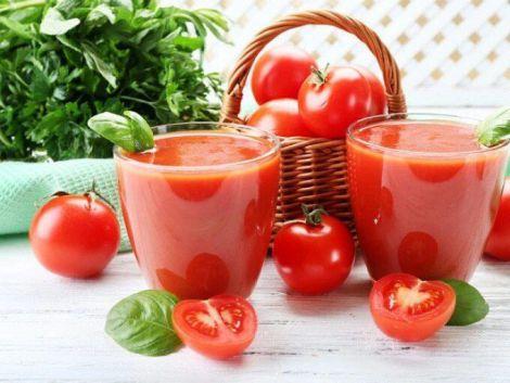 Корисний томатний сік
