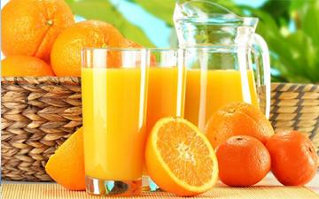 апельсиновий сік визнано найкращим ранковим напоєм
