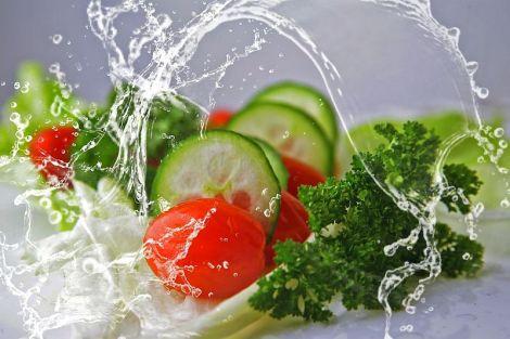 Як заповнити дефіцит води в організмі, якщо не хочеться пити