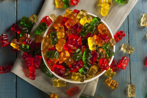 Вживання солодощів провокує рак