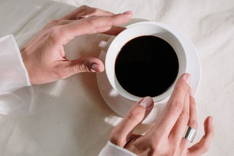 Чому наступна чашка кави може нашкодити вашому мозку
