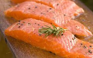 вживання лосося може стати профілактикою виникнення раку