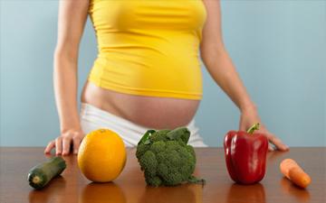слід вживати корисну їжу ще задовго до вагітності