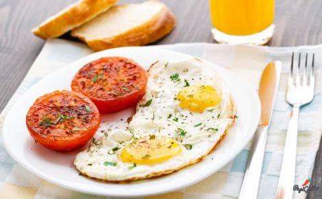 Сніданок - основний прийом їжі протягом дня