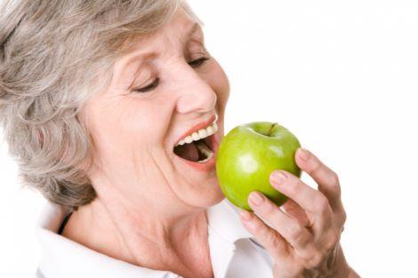 Харчування, яке гальмує старіння