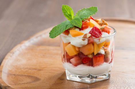 Йогурти та фрукти при гіпертонії
