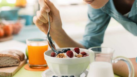Названо сім продуктів на сніданок для зниження ваги