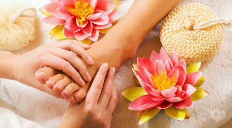 Точковий масаж для лікування нежитю