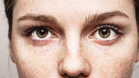 Вчені винайшли голки для лікування хворих очей