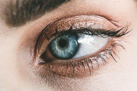 Колір очей та хвороби