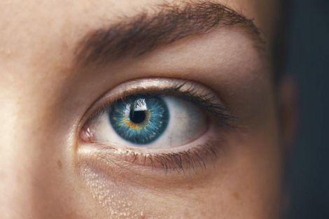 Алкоголь та колір очей