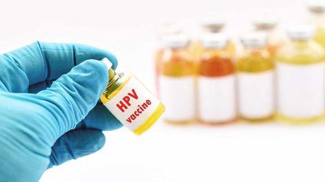 Вакцинація від ВПЛ потрібна не тільки дівчатам