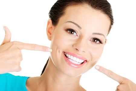ТОП - 3 современные методы отбеливания зубов