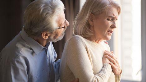 Діяти треба швидко: названі головні ознаки серцевого нападу