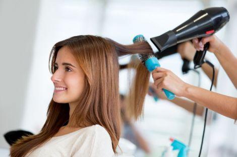 ТОП-5 салонних міфів про догляд за волоссям