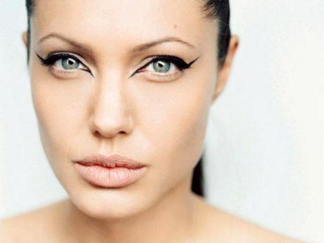 Звабливий макіяж Анджеліни Джолі