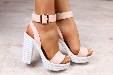 Выбираем летнюю женскую обувь