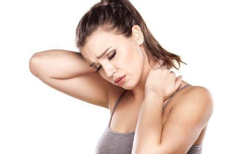 Причини болю у шиї