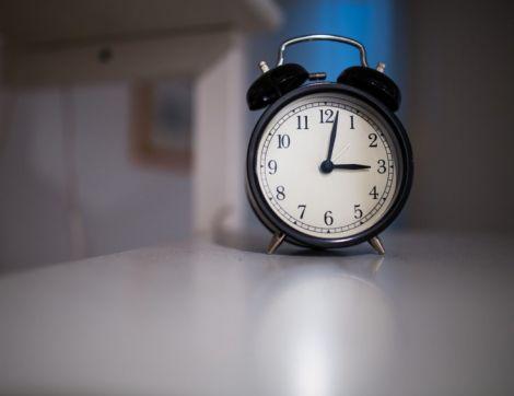 Краще користуватись звичайним будильником