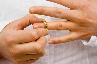 Розлучення негативнр впливає на самопочуття