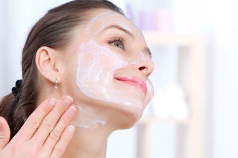 Качественная косметика для ухода - залог красивой и молодой кожи
