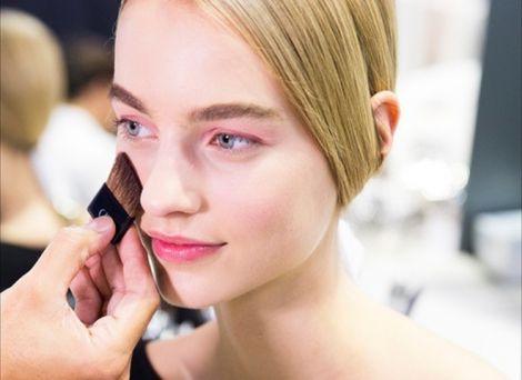 Про які хвороби розповість колір шкіри?