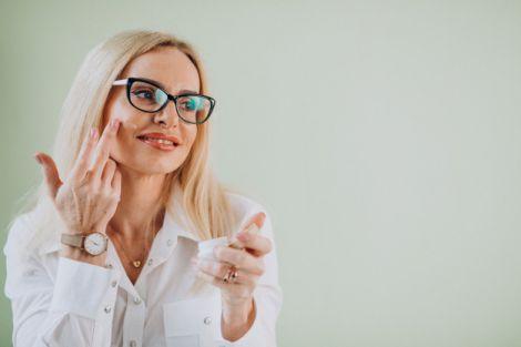 Які звички прискорюють старіння шкіри?