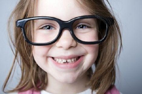 Як вчасно помітити, що у малюка поганий зір