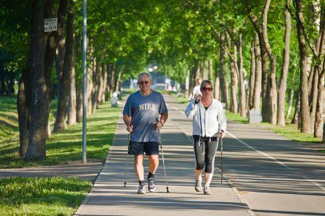 Як щоденна хода впливає на організм?