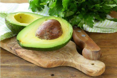 Користь авокадо для жінок