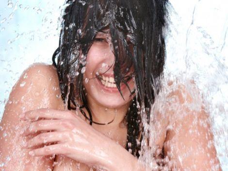Холодний душ у спеку може погіршити стан здоров'я