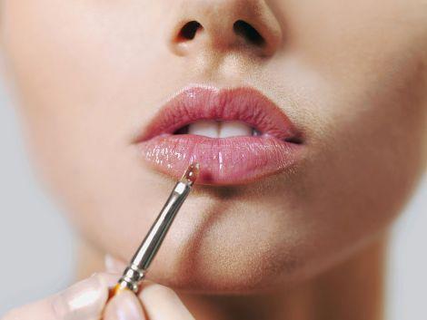 Лайфхаки з макіяжем для губ (ВІДЕО)