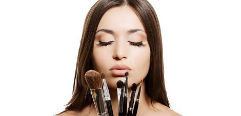 Як зробити якісний макіяж без помилок?
