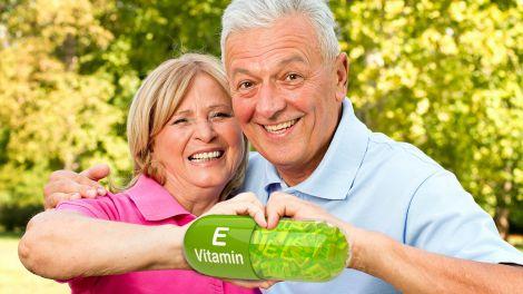 Для довголіття і проти тромбів: названий корисний вітамін