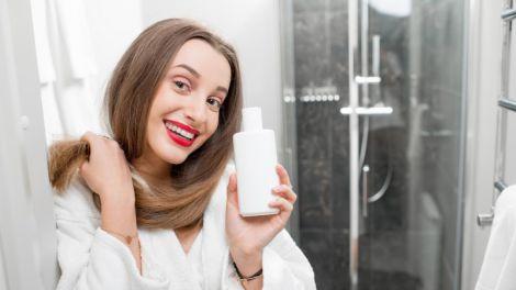 Безсульфатные шампуни для ухода за волосами