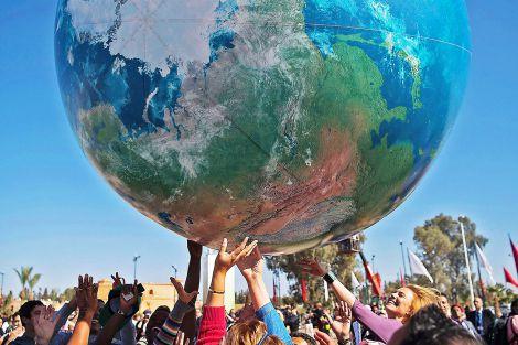 Діти у всьому світі стражають від змін клімату
