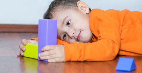 Чи можливо вилікувати аутизм?