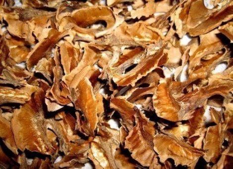 Настоянка на перетинках волоського горіха (РЕЦЕПТ)