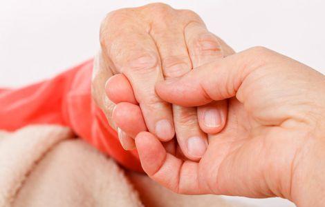 Чому тремтять руки?