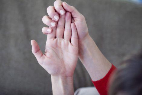 Причини виникнення тремтіння рук