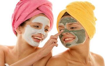 Домашні маски нададуть шкірі здорового блиску